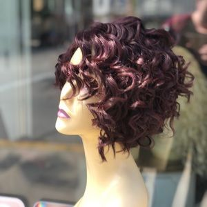 Accessories - Short curly red Wine soft Swisslace Lacefront wig
